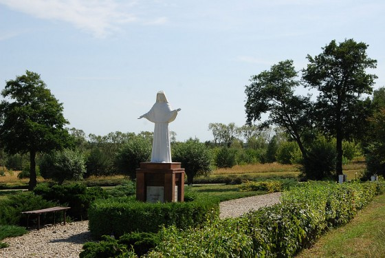 Droga Siostry Faustyny w Kiekrzu